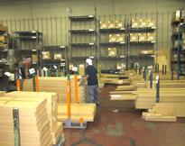 共和センター倉庫内
